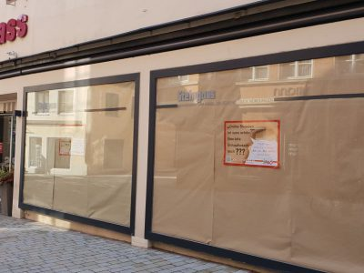 Packpapier, Einzelhandel, Nördlingen, Schaufenster, Online-Shopping